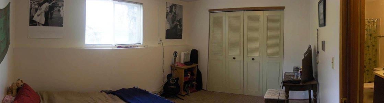 423Bedroom