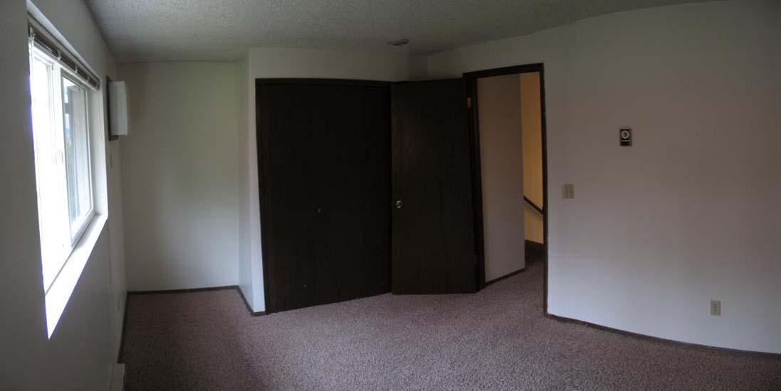 505Bedroom2